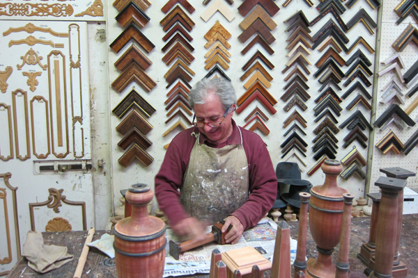 Our meeting with the Florentine woodworker.