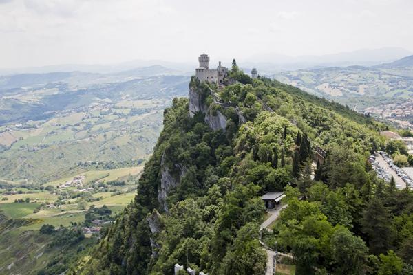 Another view of De La Fratta