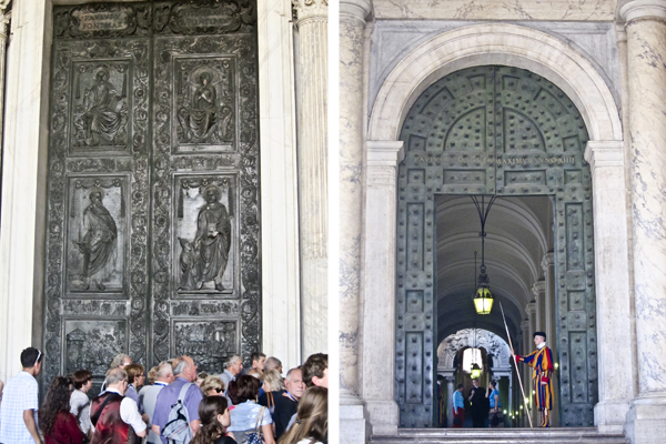 One of the main portals and the Swiss Guard
