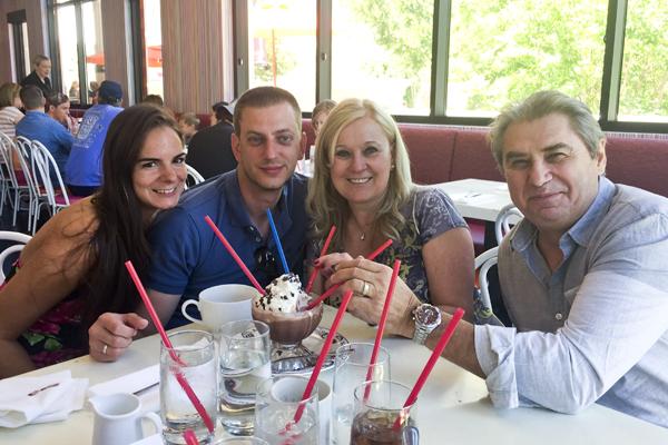 Barbara, Zoli, Nagyi and Tete