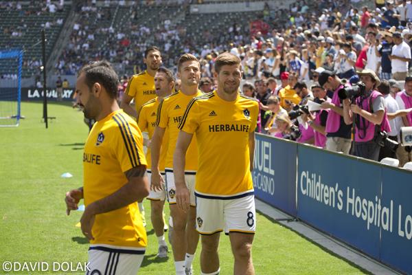 La Galaxy Juninho Steven Gerrard Robbie Rogers Robbie Keane Omar Gonzalez